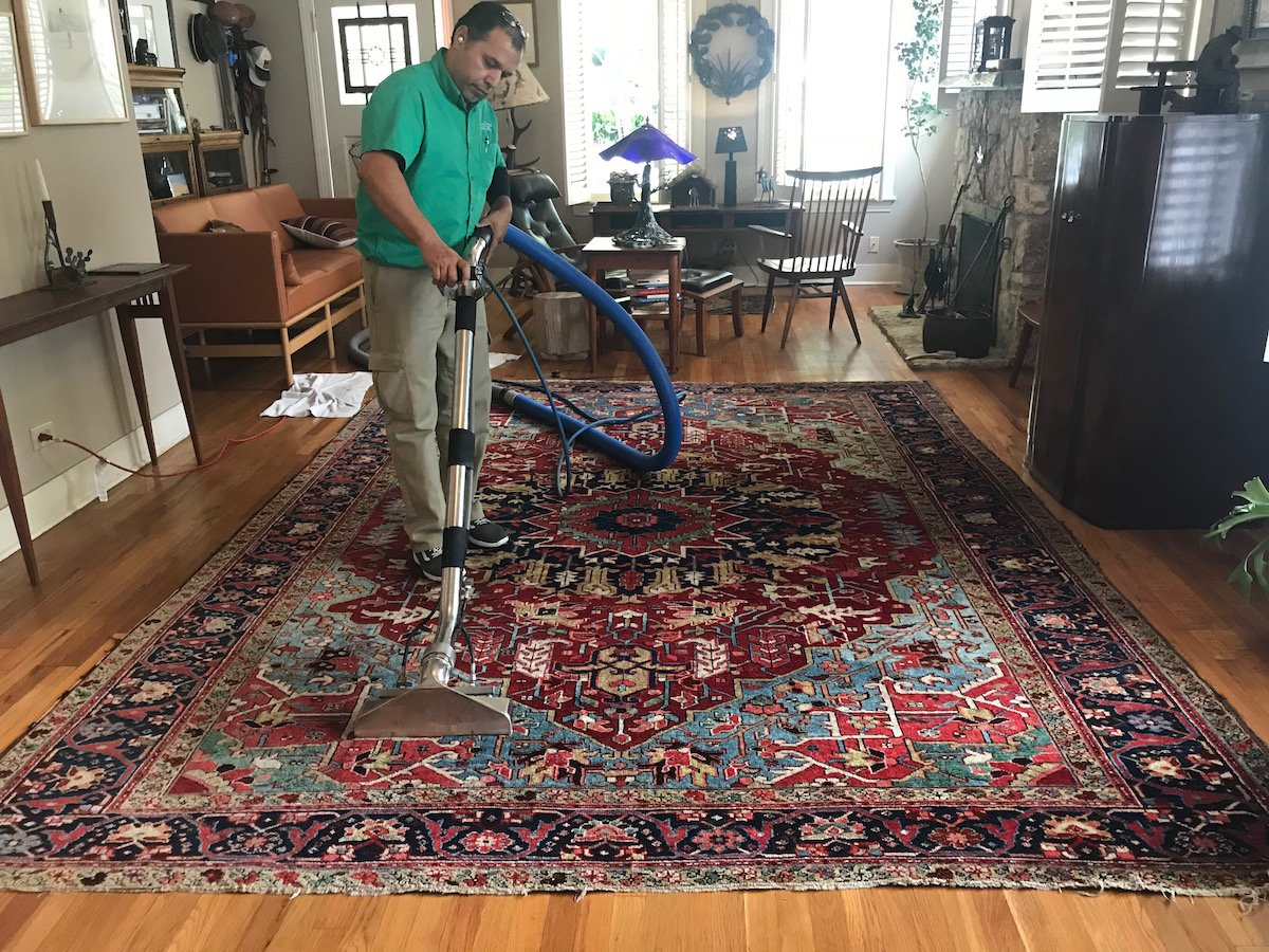rug cleaning in San Antonio